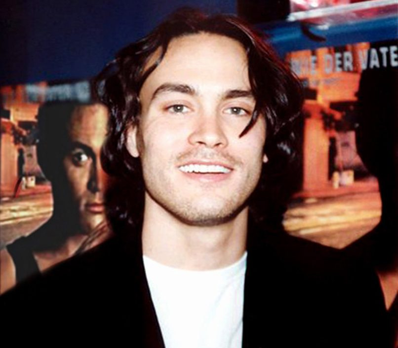 fscHPE e1613485707849 30 Haunting Facts About Brandon Lee's The Crow
