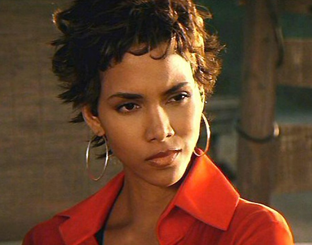 halle berry e1617102783589 20 Things You Probably Didn't Know About White Men Can't Jump