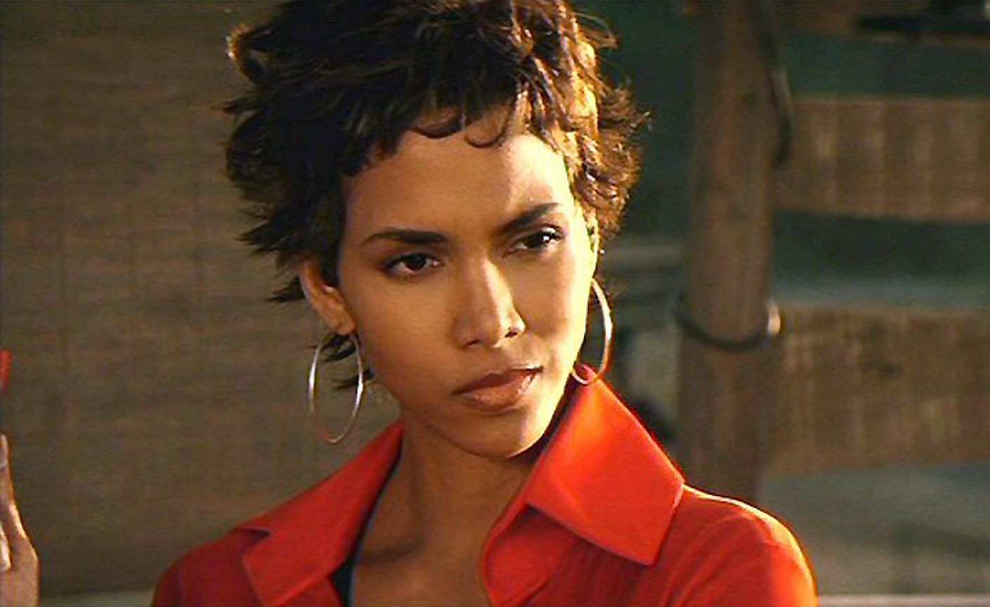 halle berry 30 Celebrities Who Became Homeless