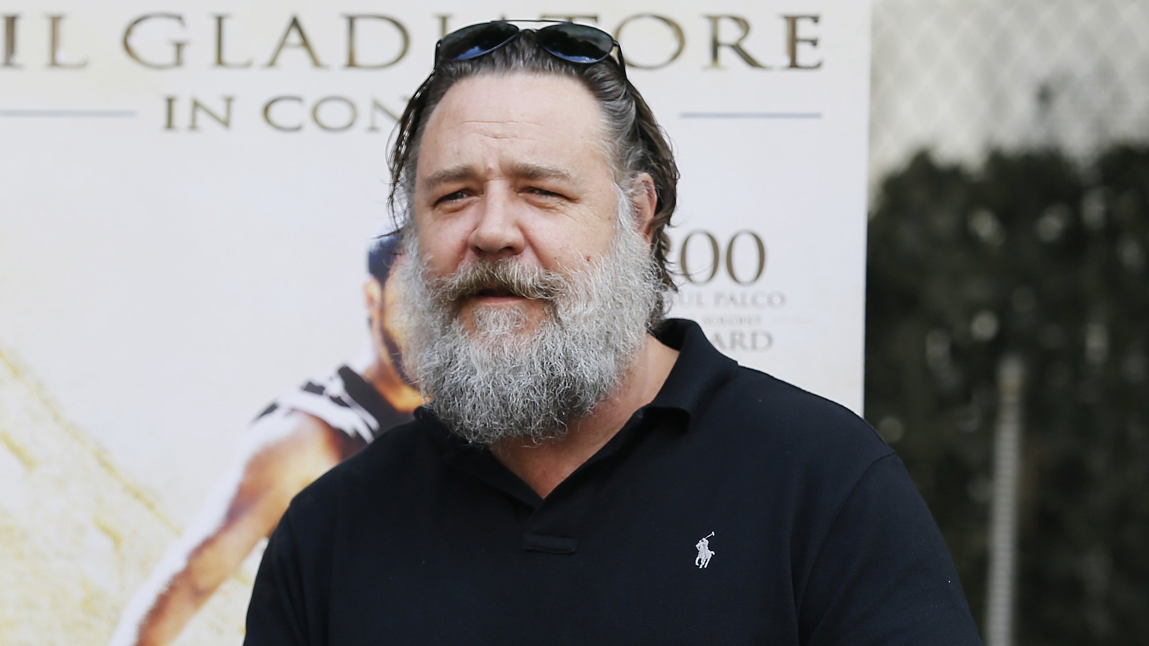 russell crowe weight gain beard Here's What Your Favourite 1980s Neighbours Stars Look Like Today!