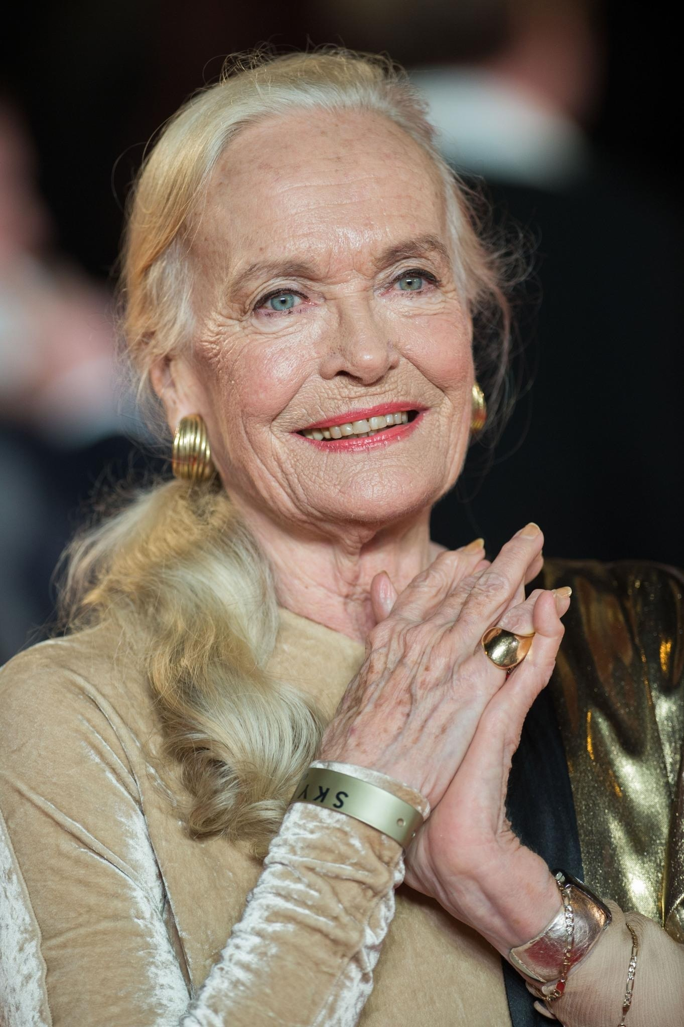 shirley eaton in coordonata skyfall large picture 578432535 20 Movie Urban Legends (That Aren't Actually True)