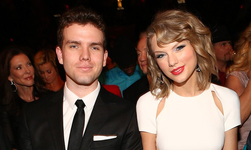 taylor swift t Celebs And Their Non-Famous Siblings