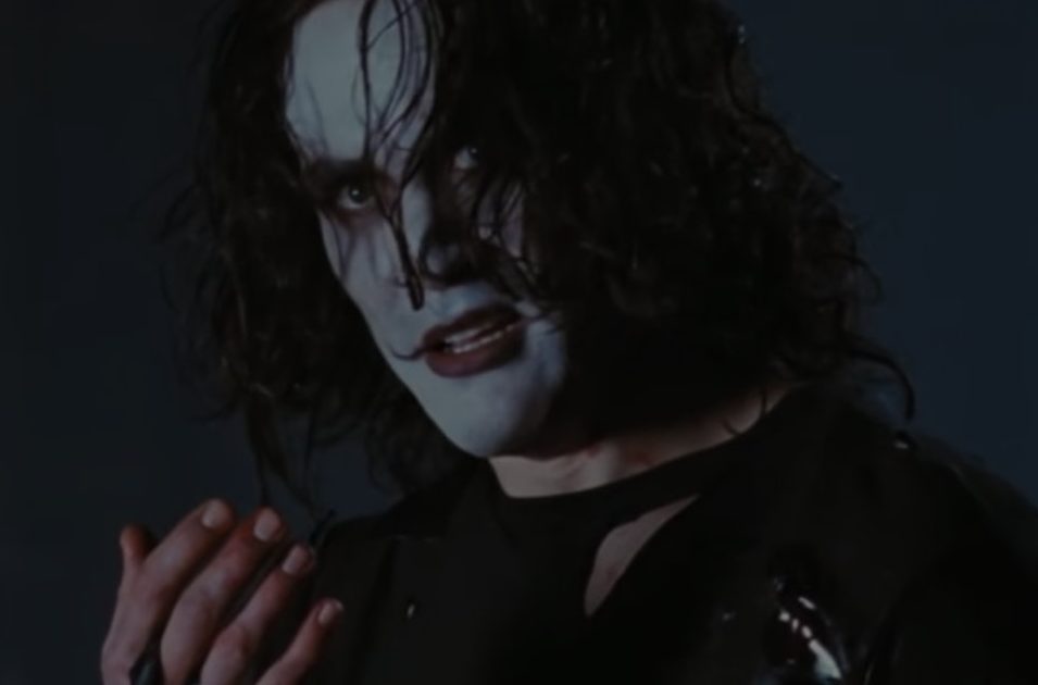 the crow 1994 1 e1613472648882 30 Haunting Facts About Brandon Lee's The Crow