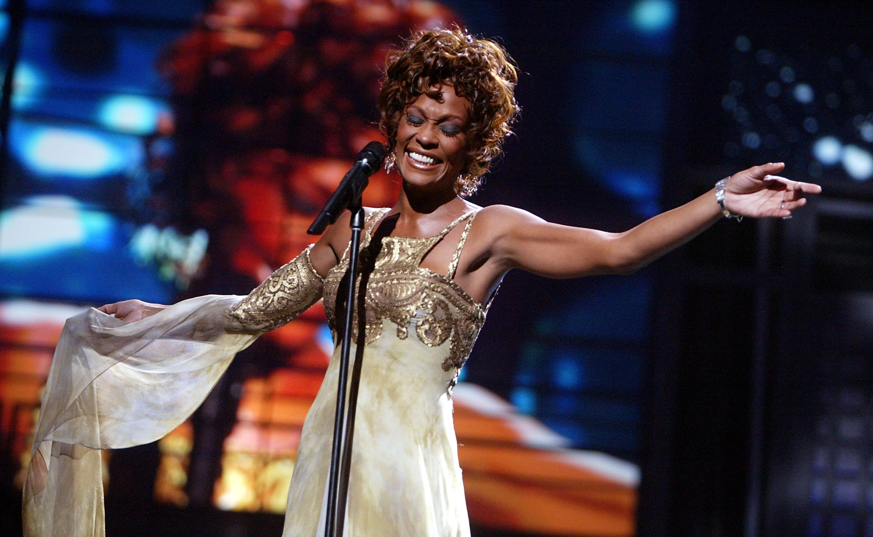 whitney houston kevin winter getty images 1 The 30 Most Haunting Final Tweets By Celebrities