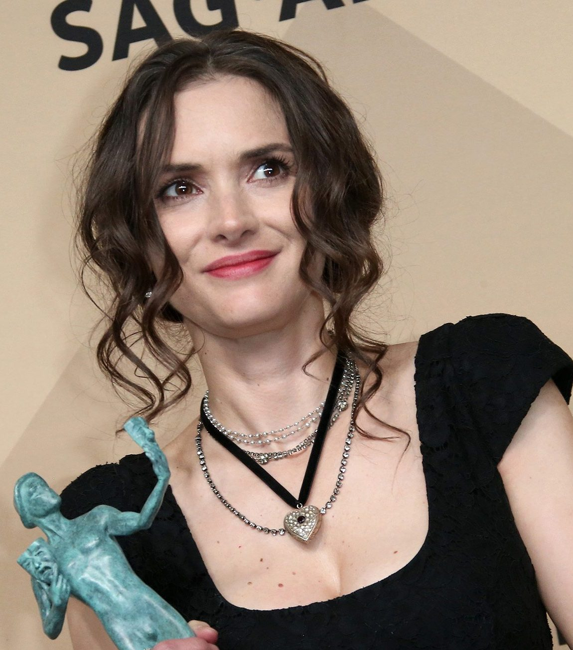 winona ryder bullied beetlejuice e1559209433481 30 Hotties From Back In The Day