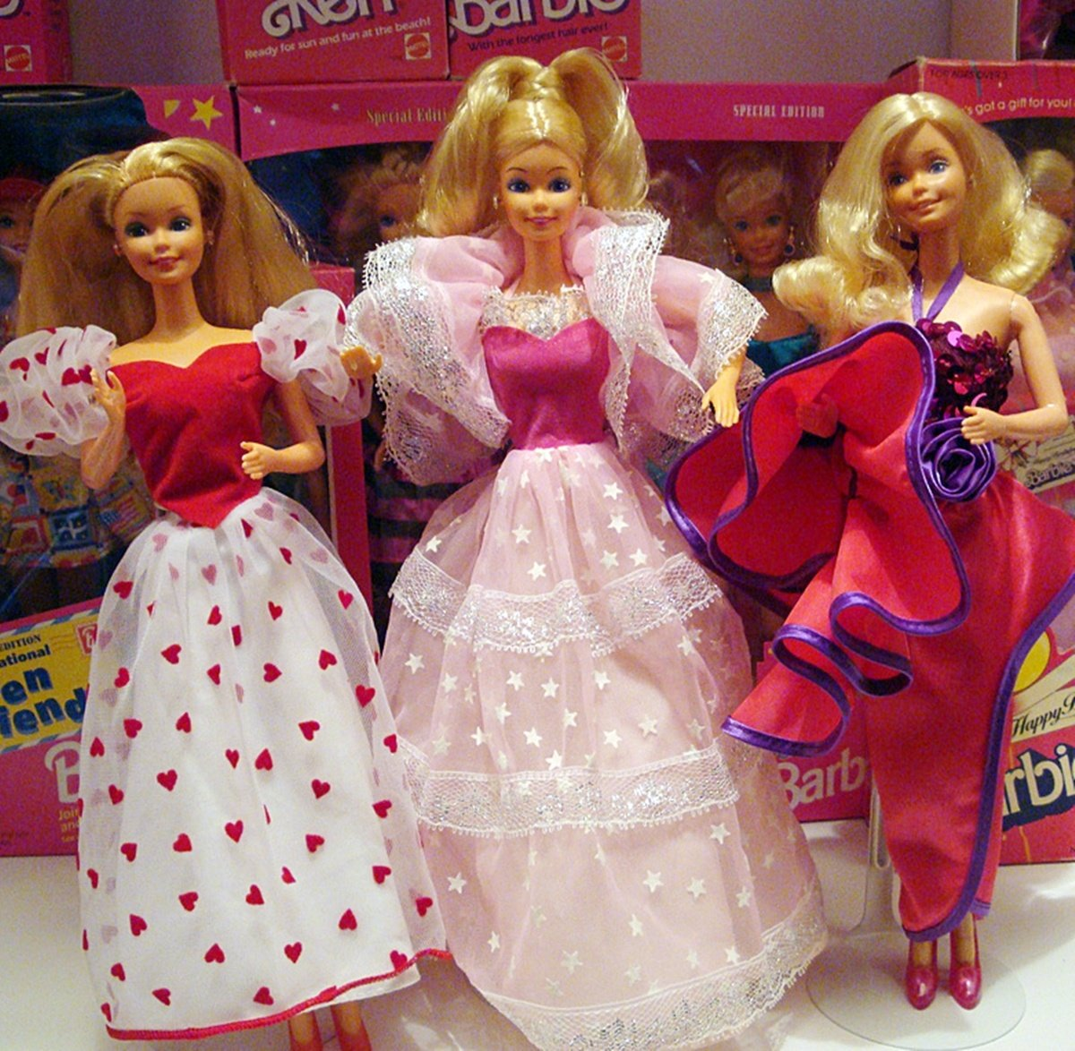 1 29 15 Gorgeous Dolls All 80s Girls Should Remember