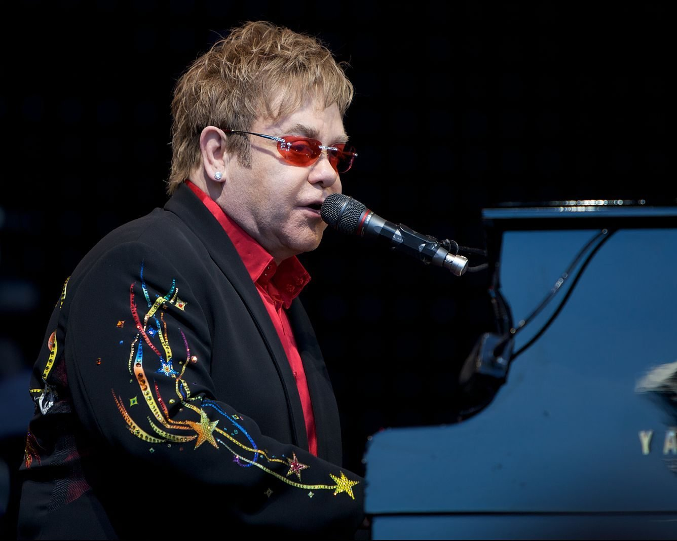 1 3 e1616663103960 23 Things You Didn't Know About Elton John