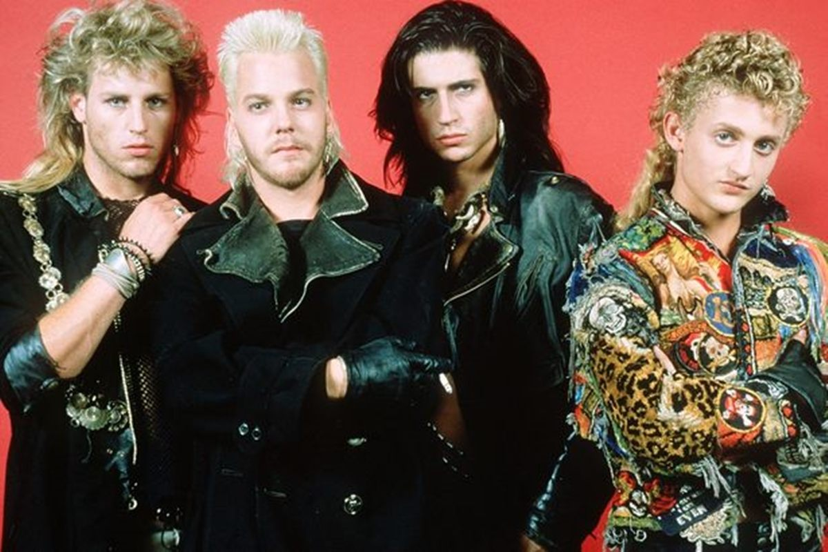 6 14 20 Full-Blooded Facts About The Lost Boys