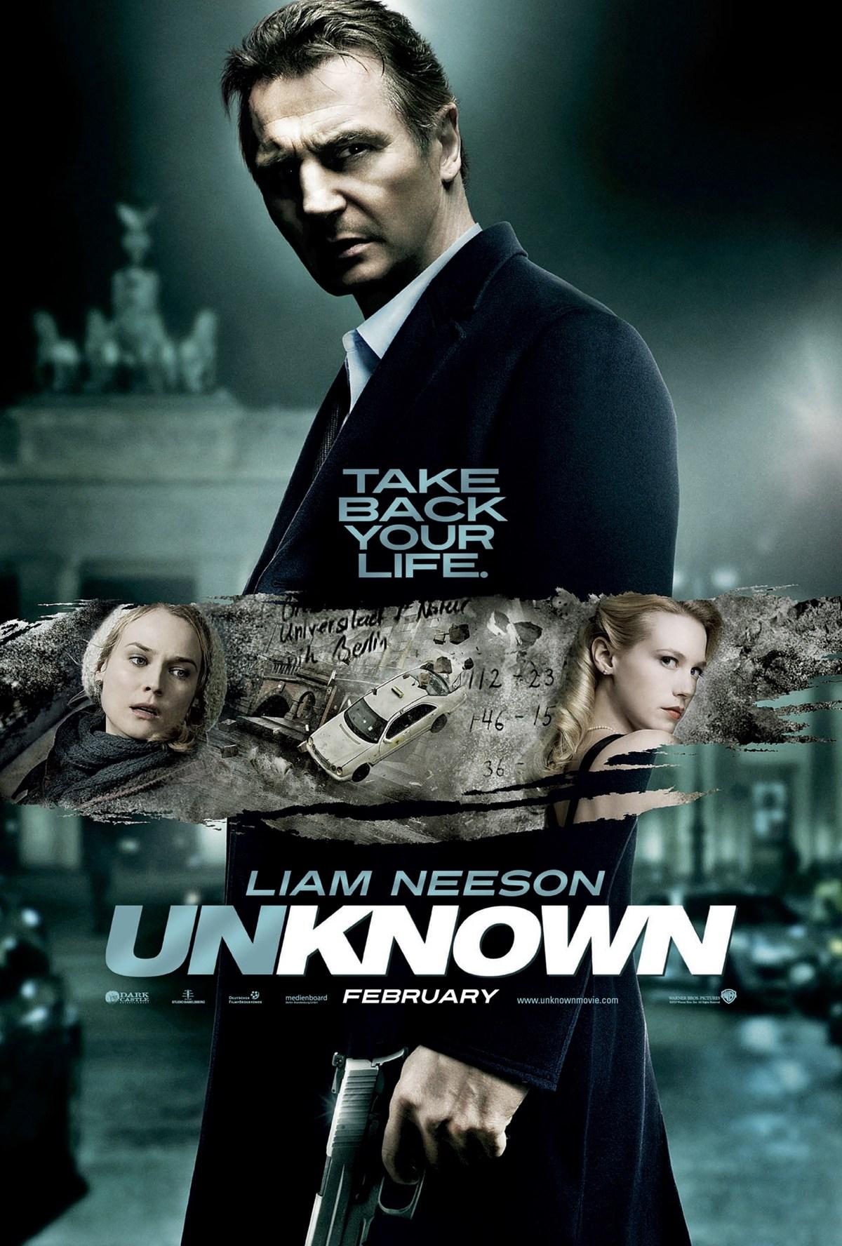 6 21 10 Hilarious Movie Poster Mistakes