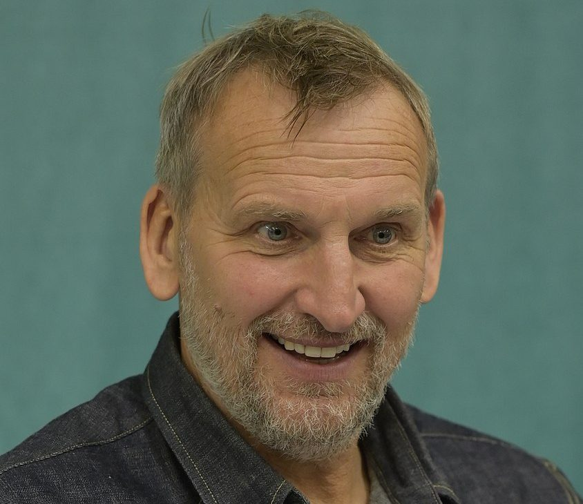 845px Christopher Eccleston GalaxyCon Minneapolis 2019 cropped e1617007090156 25 Times Celebrities Admitted To Awful Things In Interviews