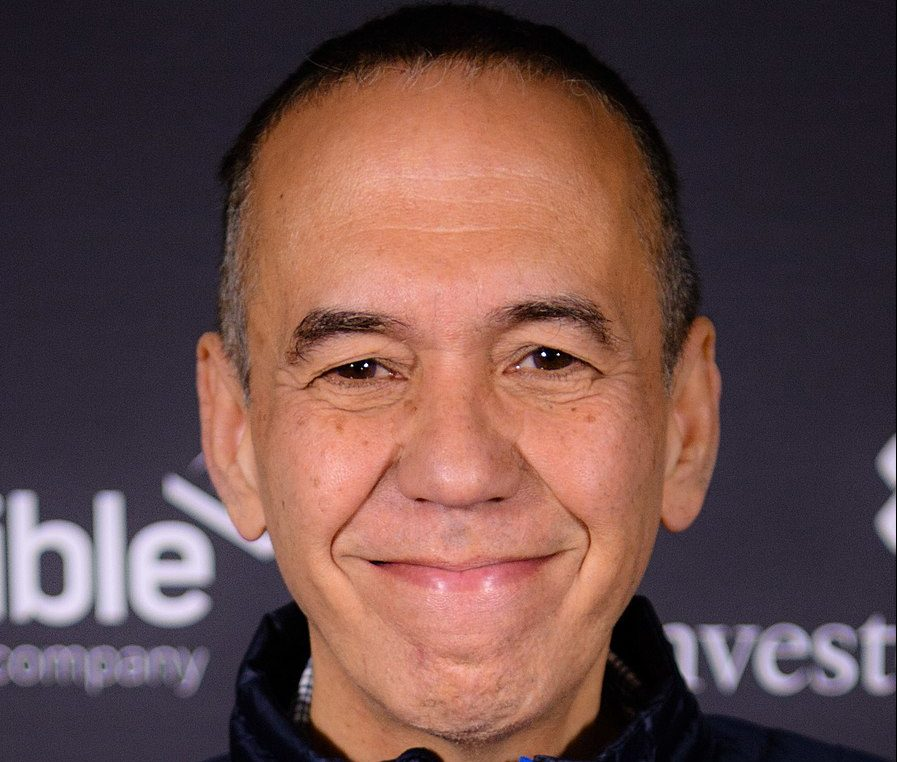 896px Gilbert Gottfried 2016 e1617013299876 25 Times Celebrities Admitted To Awful Things In Interviews