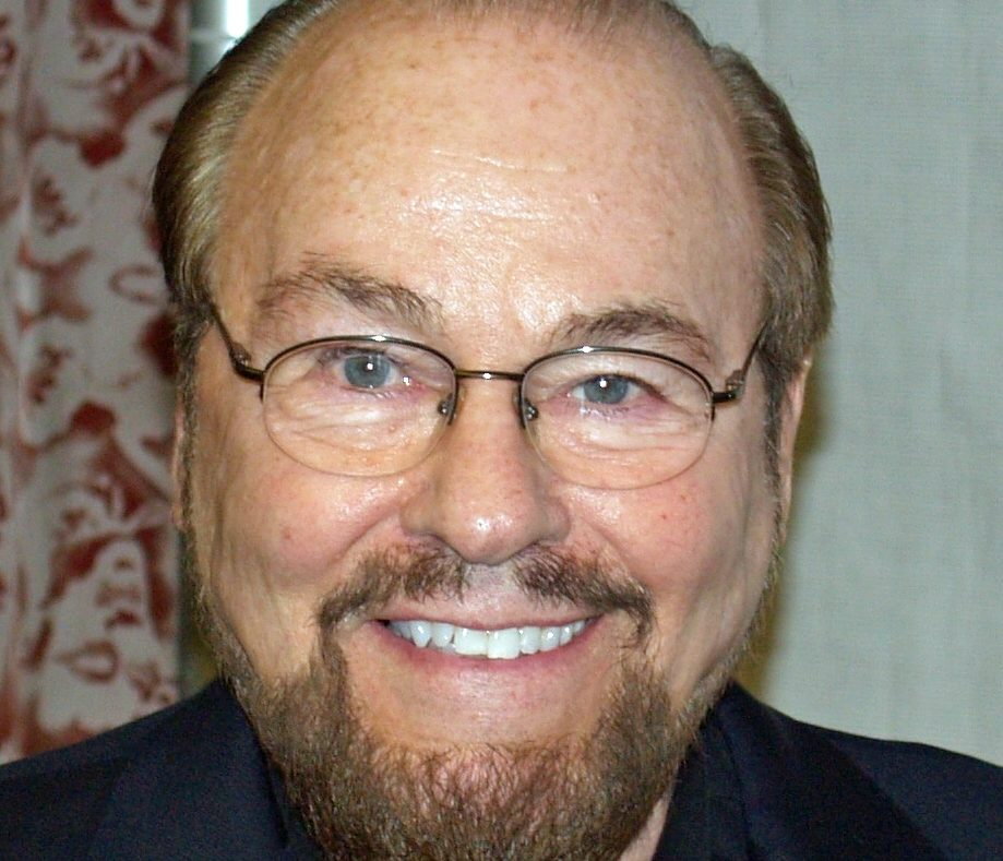 James Lipton by David Shankbone cropped e1617007355410 25 Times Celebrities Admitted To Awful Things In Interviews