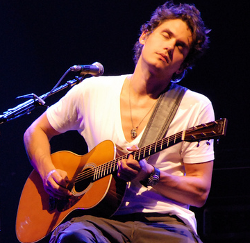 John Mayer live in 2007 01 e1616762360648 25 Times Celebrities Admitted To Awful Things In Interviews