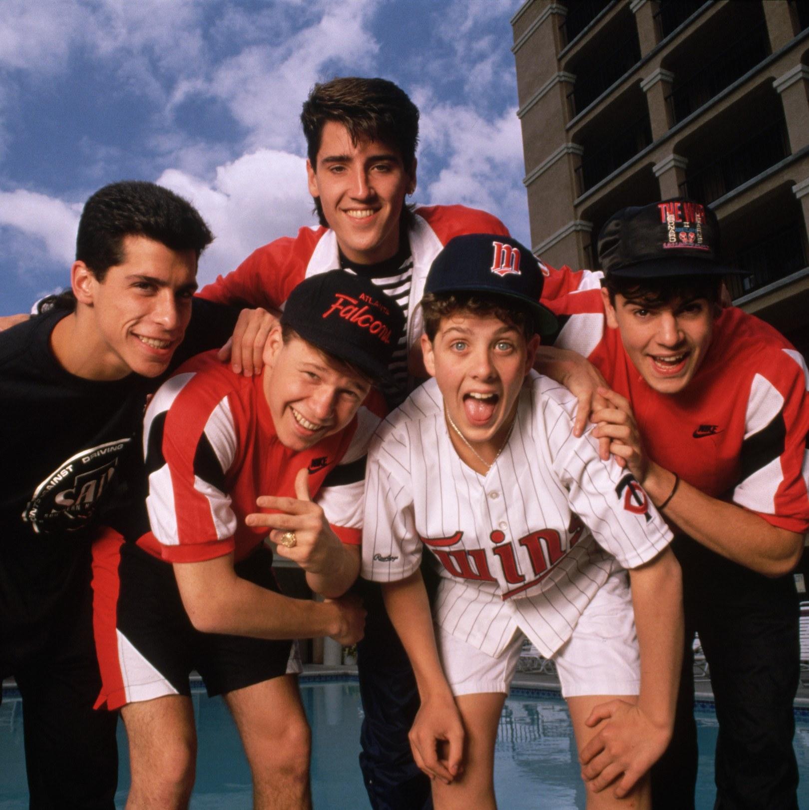 Jonathan Knight, Jordan Knight, Joey McIntyre, Donnie Wahlberg, Danny Wood, New Kids on the Block 1989
