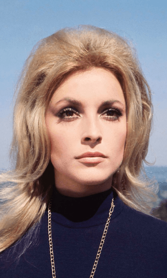Screenshot 2019 02 08 at 10.23.17 25 Celebrity Deaths That Shocked The World