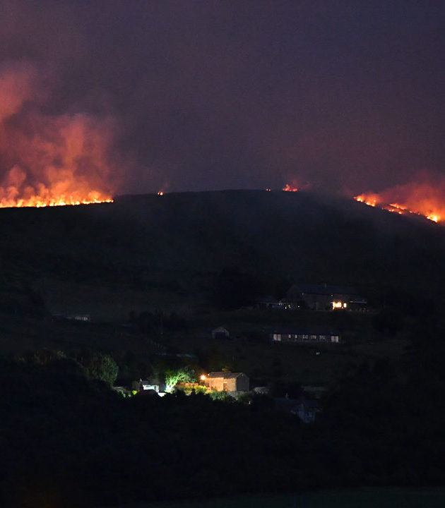 Wildfire in UK Saddleworth Moor.jpg.jpg 36281715 ver1.0 1280 720 'Blood Rain' Is Forecasted In The UK Today