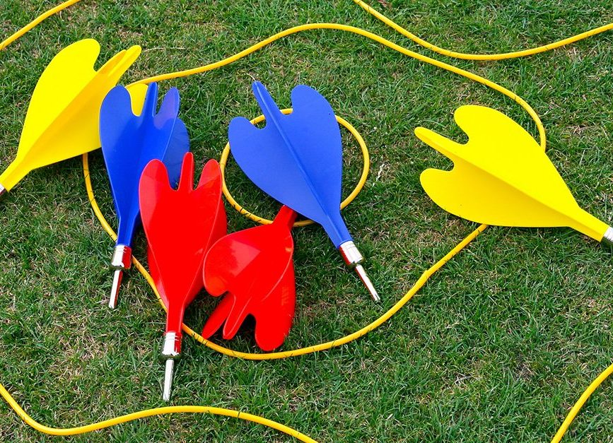 lawn darts fb e1606477918809 30 Childhood Toys So Dangerous They Ended Up Banned
