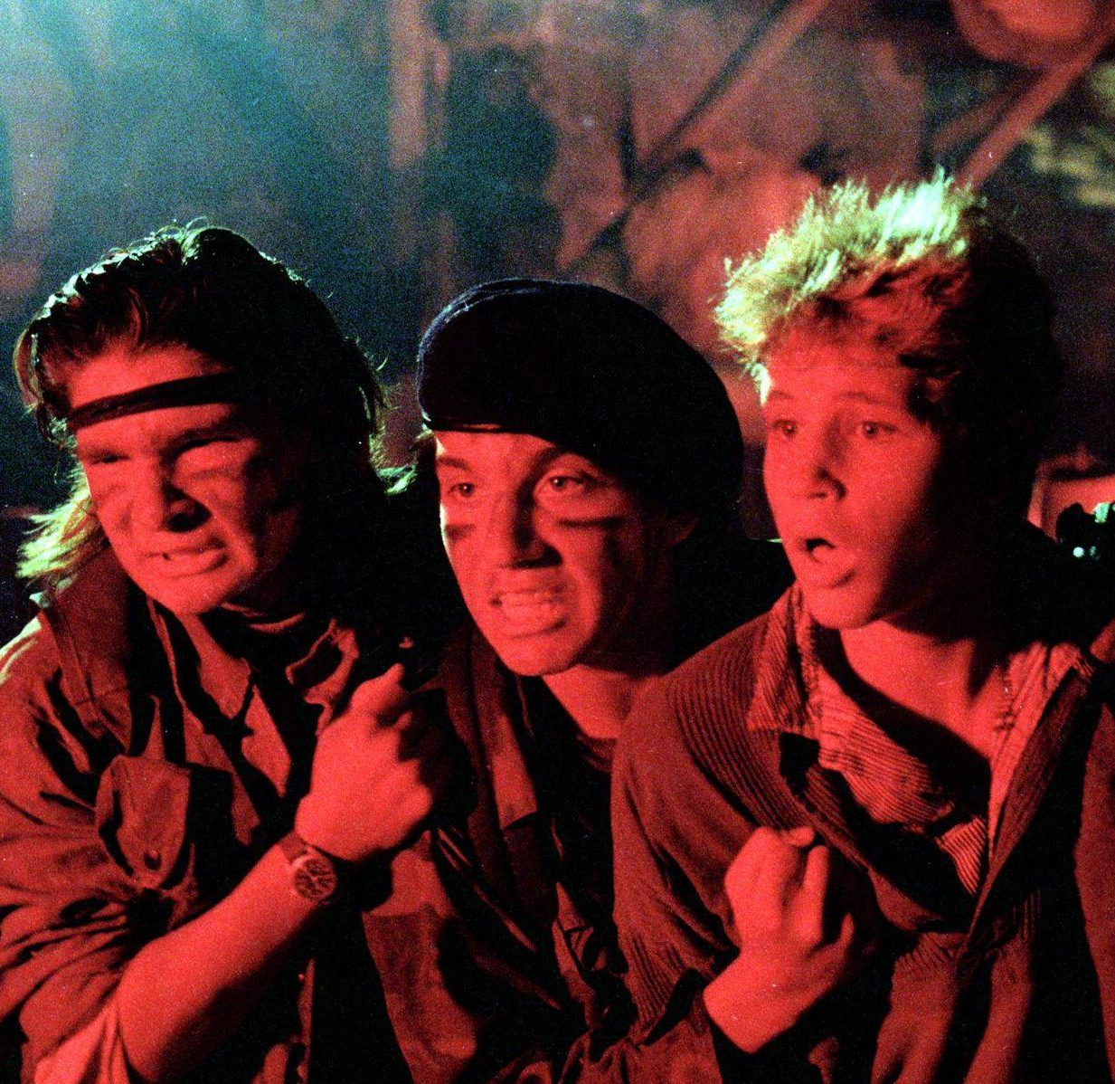 lost boys still e1598278019309 20 Horror Movies That Defined The 1980s