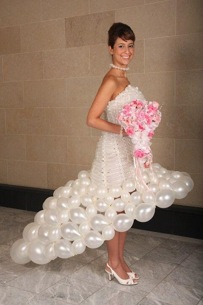 wedding dress 12 20 Of The Most Horrific Wedding Dresses In Existence