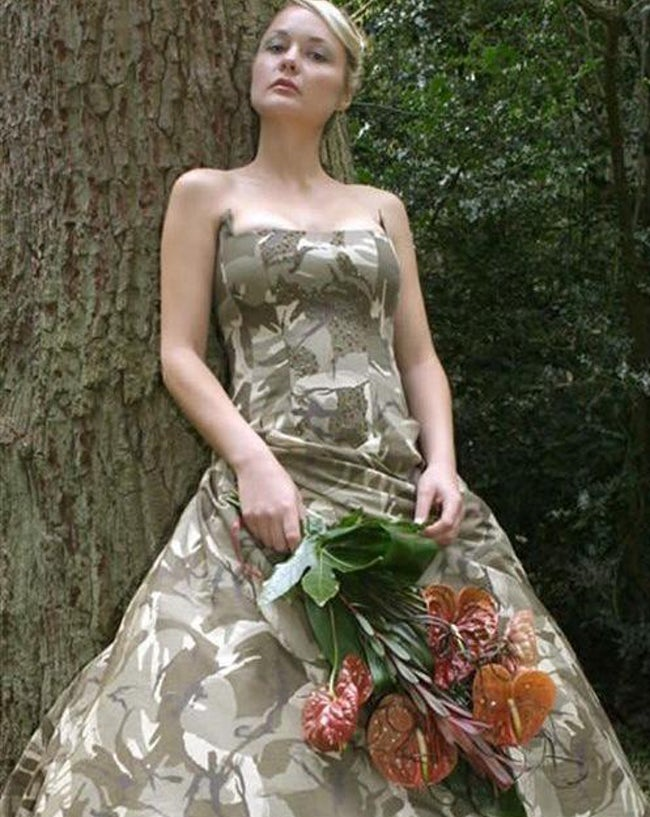 wedding dress 14 20 Of The Most Horrific Wedding Dresses In Existence