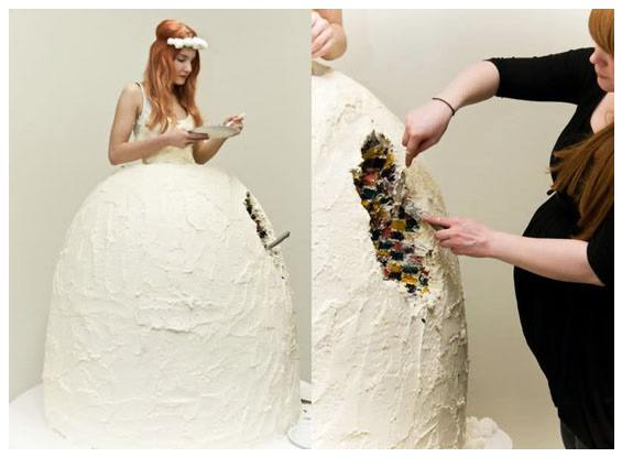wedding dress 4 20 Of The Most Horrific Wedding Dresses In Existence