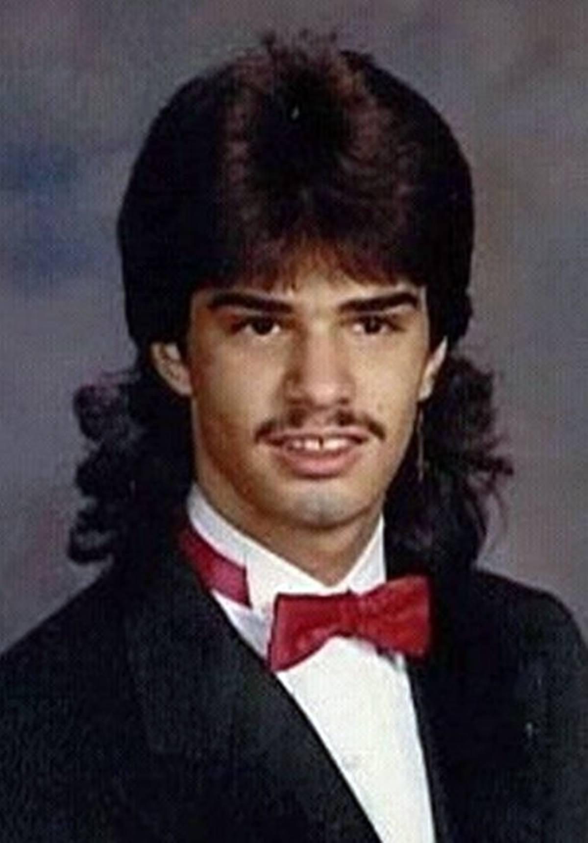 13 15 Hilariously Awkward Yearbook Photos