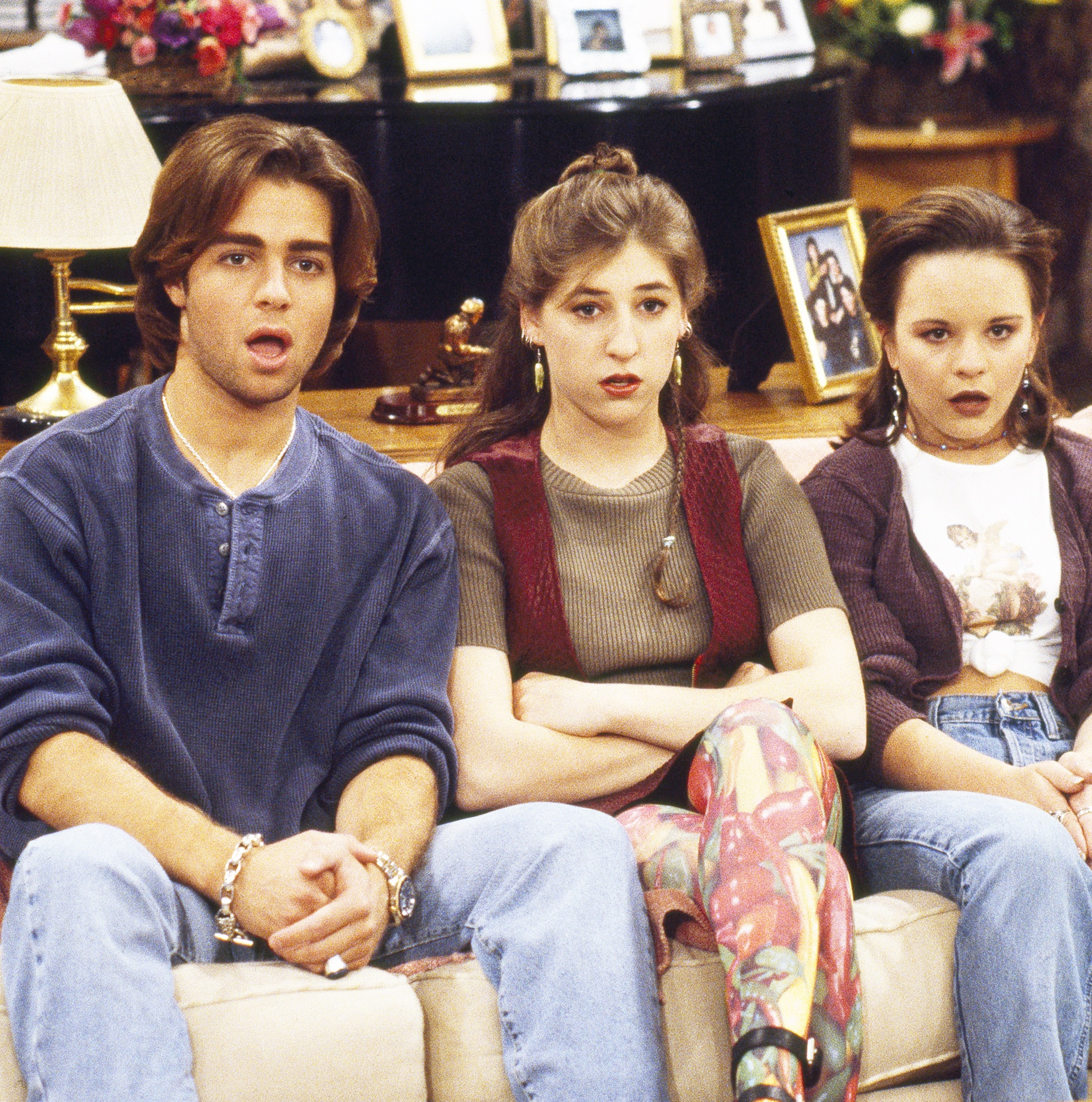 138376343 joey lawrence mayim bialik jenna von oy zoom a94353d2 e497 4e37 bbd3 dd8b4391e512 25 Things You Never Knew About The Big Bang Theory