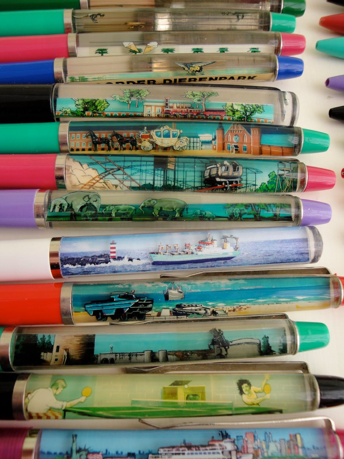 Vintage floating pens from the 1980s