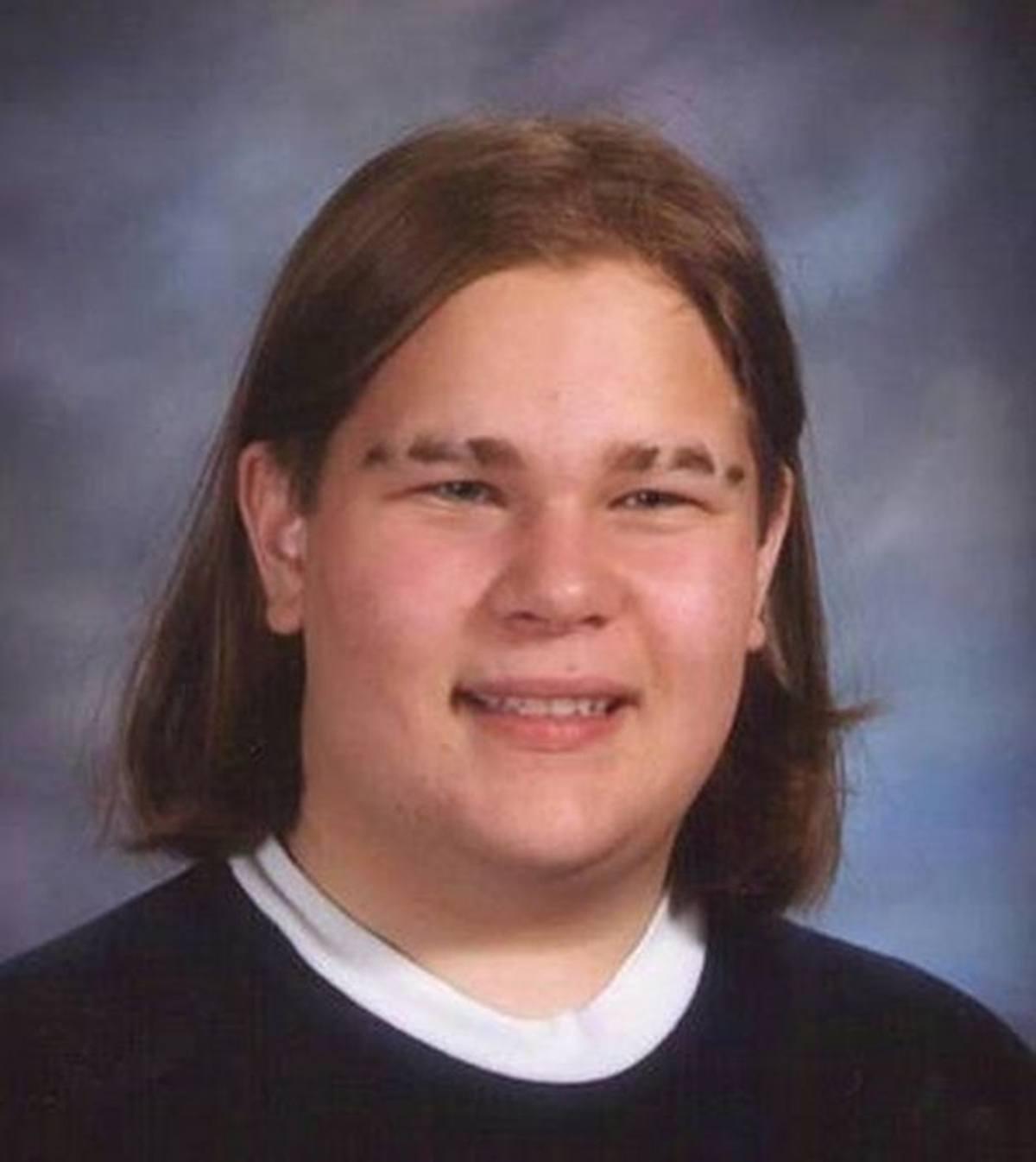 9 1 15 Hilariously Awkward Yearbook Photos