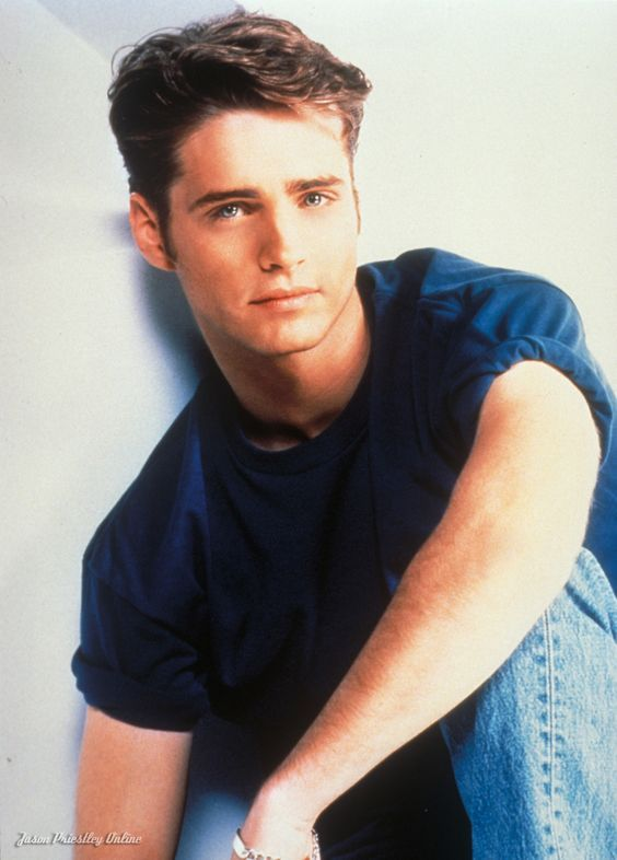 938fe99346b989a6dfe52fb04c428ccd 21 Things You Didn't Know About Beverly Hills, 90210