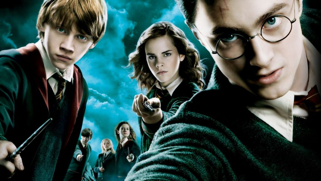 99d6288d988efa1b99f42afd5061dda6 700 10 Things You Didn't Know About J.K. Rowling