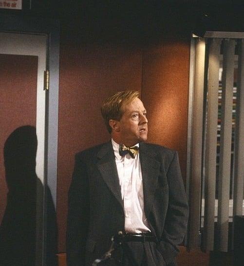 Edward Hibbert as Gil Chesterton in Frasier