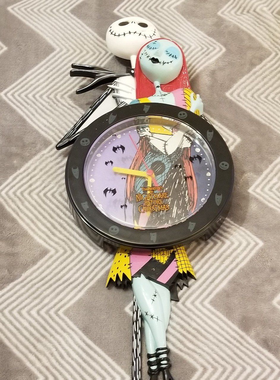 Watch shaped clock Nightmare Before Christmas theme