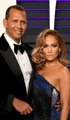 Screenshot 2019 03 12 at 10.37.20 Real Life Partners Of The American Idol Judges