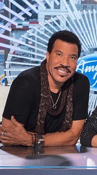 Screenshot 2019 03 12 at 10.48.02 Real Life Partners Of The American Idol Judges