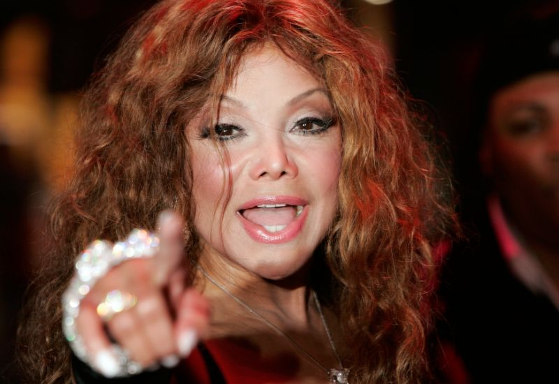 b4ef2abc912feab14710f8e4cafe4074 La Toya Jackson Calls Her Own Brother A Paedophile In Unearthed Interview From the 90s