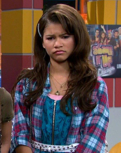 btshakezc15 10 Huge Disney Channel Stars Then And Now