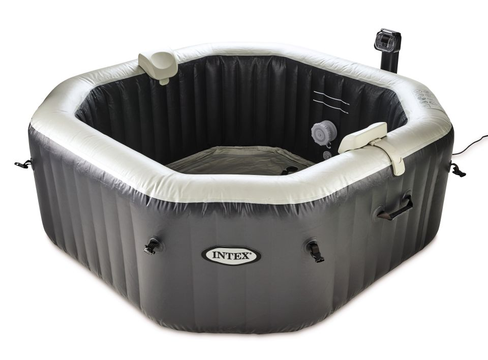 c0VCuNrf 1 Aldi Has Brought Back Its Bargain Inflatable Hot Tub