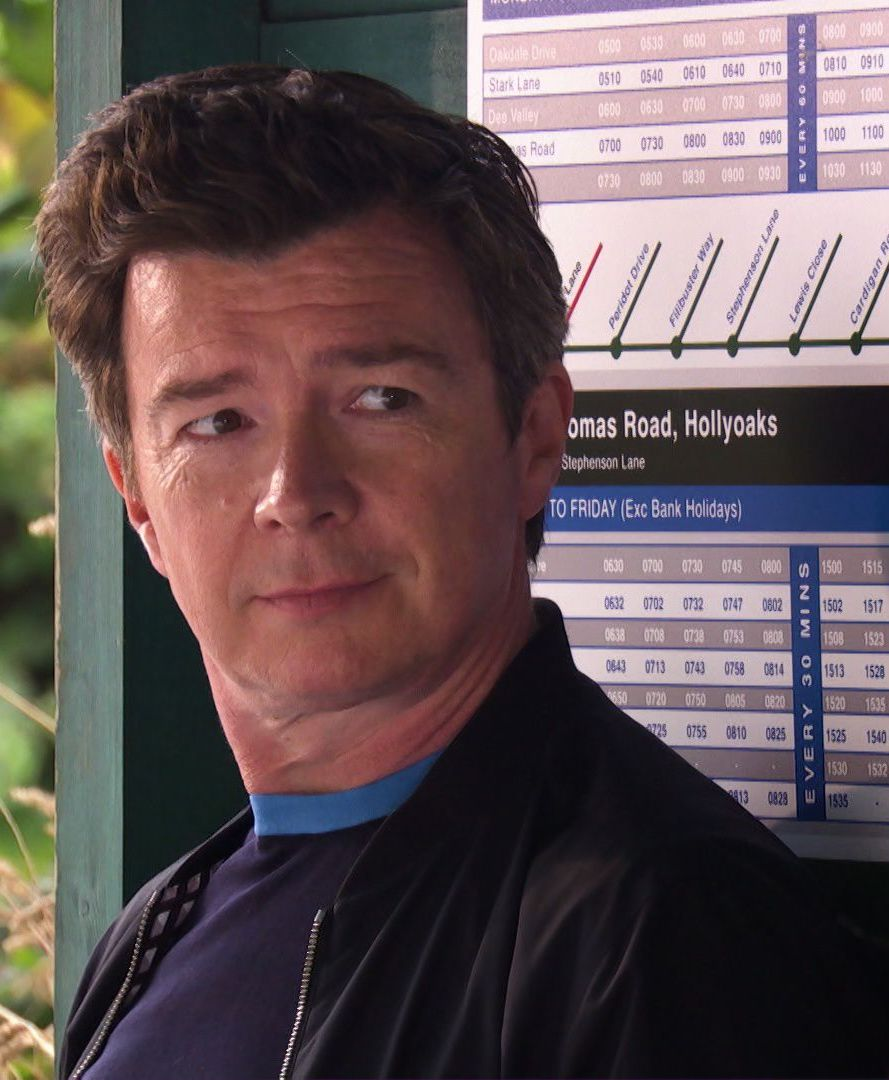 soaps hollyoaks 4 rick astley k8vllzojb86rkrppdt31 2 10 Things You Never Knew About Hollyoaks