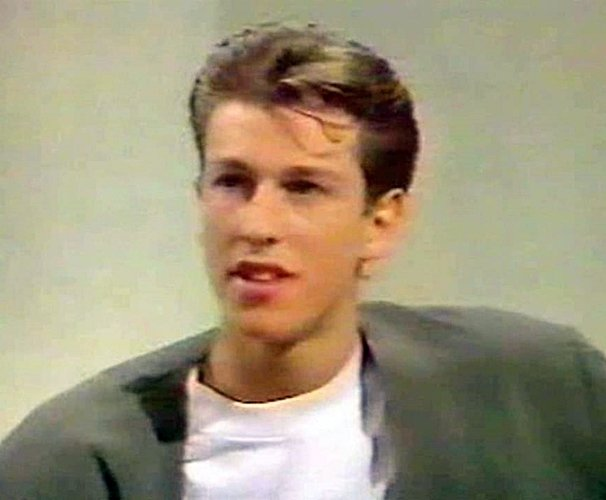 413 Remember Craig Logan From Bros? Here's What He Looks Like Now!