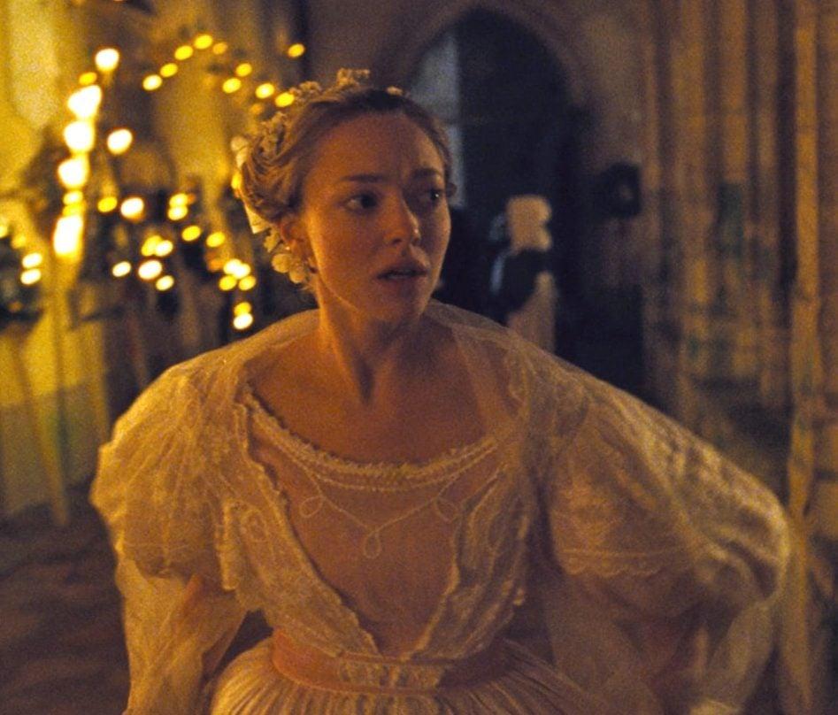 Amanda Wedding Dress Cosette Les Misérables 2012 e1625742482254 25 Things You Didn't Know About Les Misérables (2012)