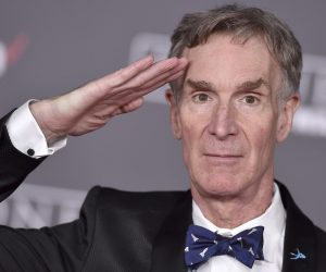 Bill Nye 1 e1556694758218 10 Things You Probably Didn't Know About Bill Nye The Science Guy