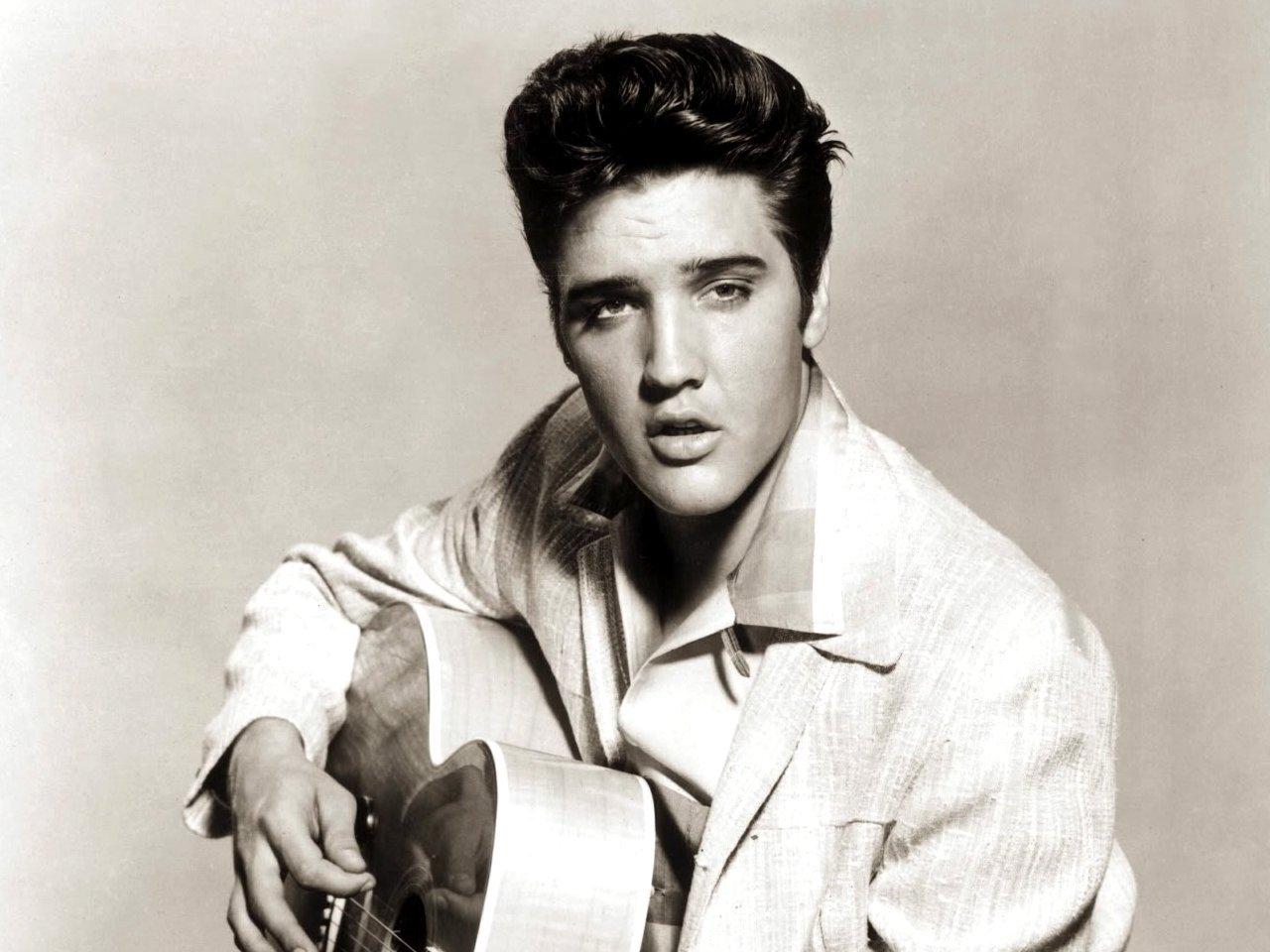 Elvis Presley 009 10 Things You Didn't Know About Elvis Presley