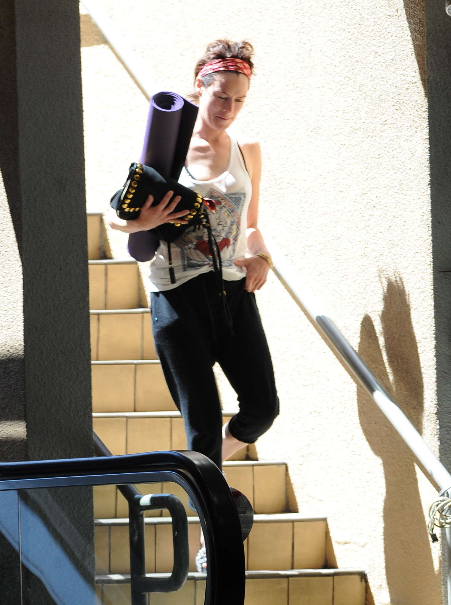 Lena Headey Leaving Yoga 01 10 Things You Never Knew About Lena Headey