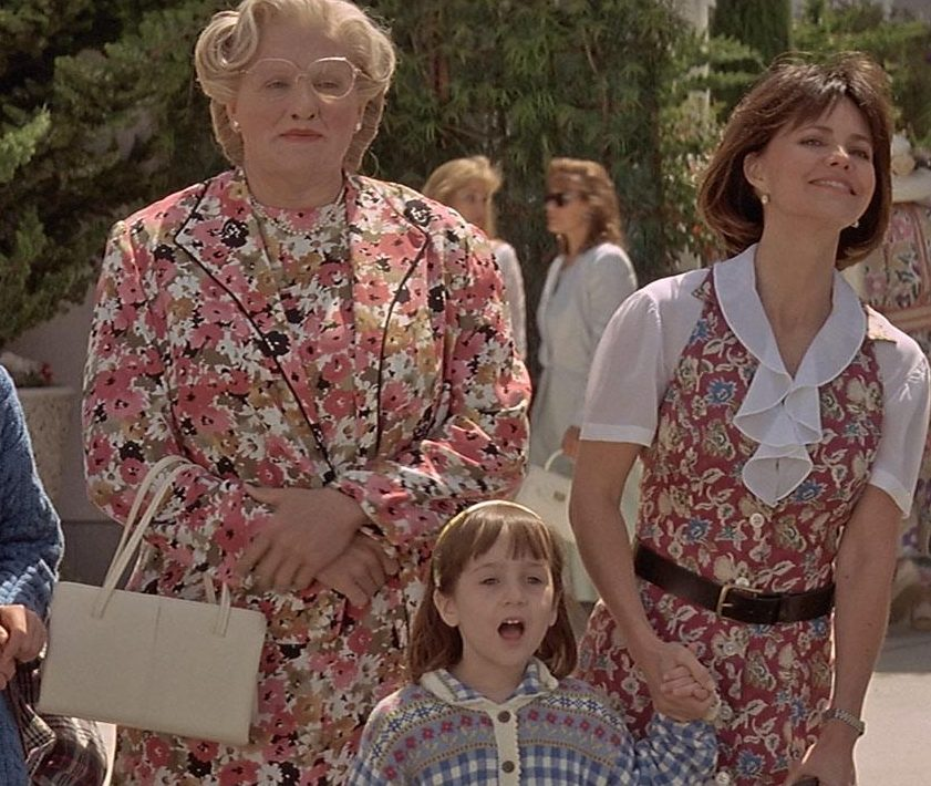 Mrs Doubtfire 1 1 e1625237239916 25 Things You Never Knew About Mrs. Doubtfire