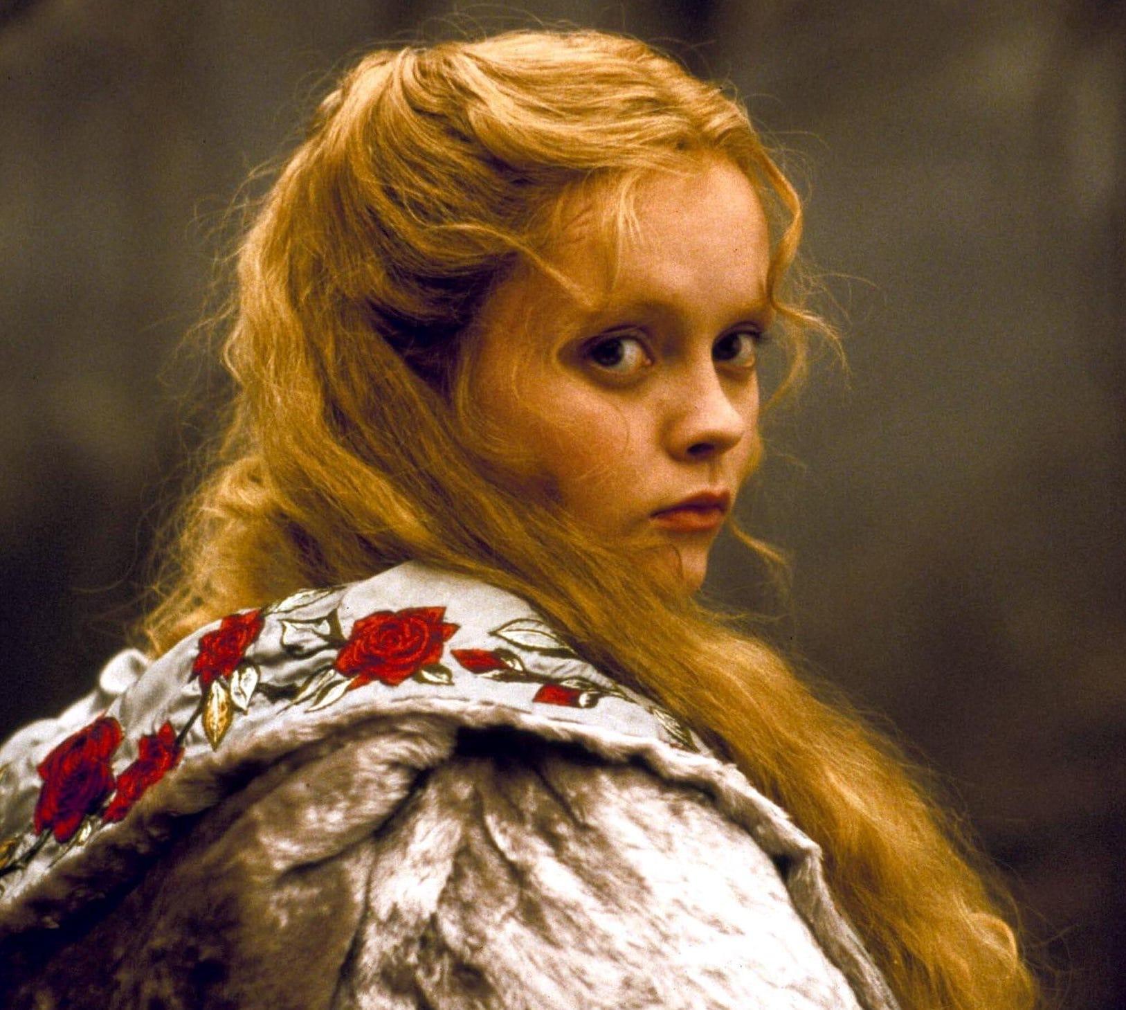 Christina Ricci as Katrina Van Tassel in Sleepy Hollow (1999)
