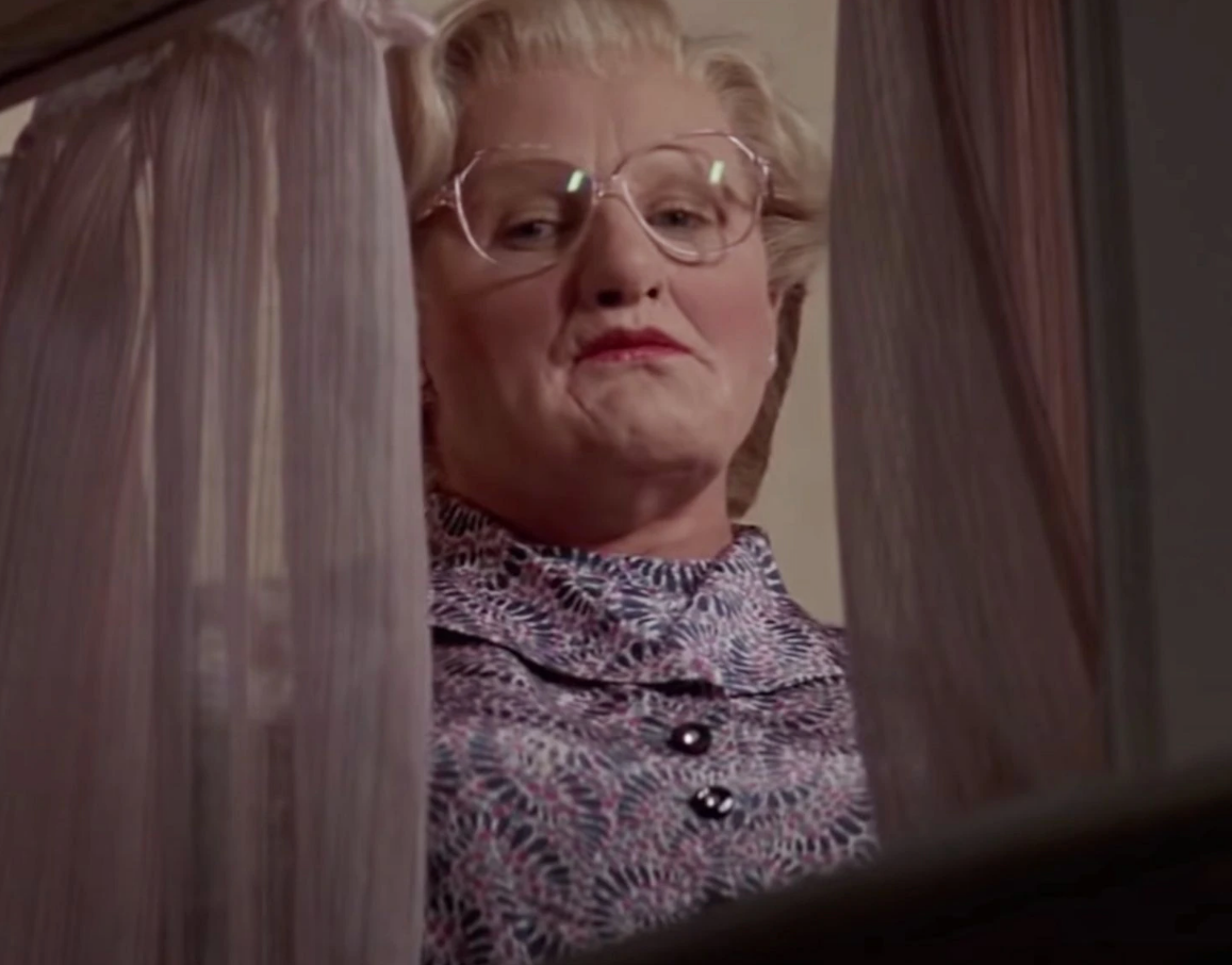 Screen Shot 2021 07 02 at 15.58.00 e1625237901235 25 Things You Never Knew About Mrs. Doubtfire