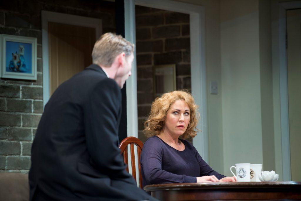 The Perfect Murder UK Tour Benjamin Wilkins as Roy Grace and Jessie Wallace as Joan Smiley credit Honeybunn Photography 1024x682 10 Things You Didn't Know About Jessie Wallace