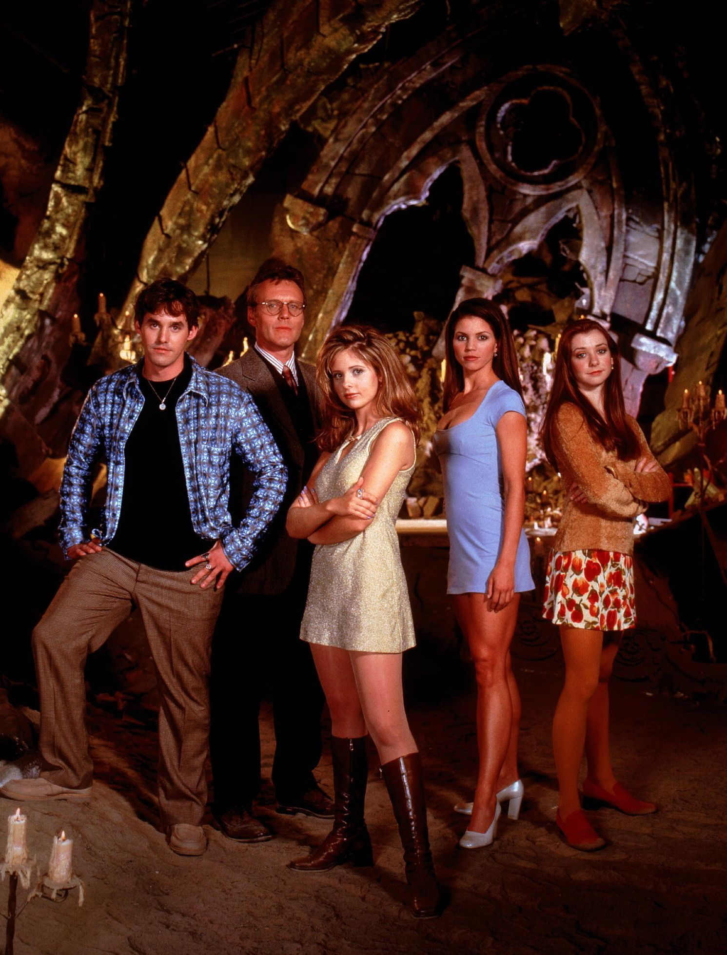 buffy the vampire slayer cast 21 Things That Teenagers Did In 1999 Which Youngsters Today Just Won't Understand