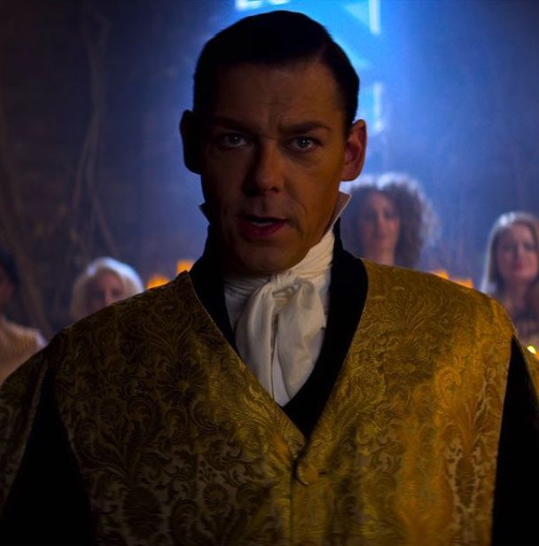 c2042902279496dcb37c77b872f51a4c 20 Things You Missed In The Chilling Adventures Of Sabrina